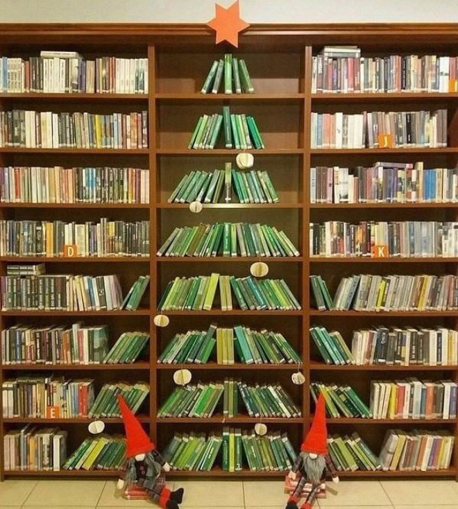 Brilliant Christmas tree idea.